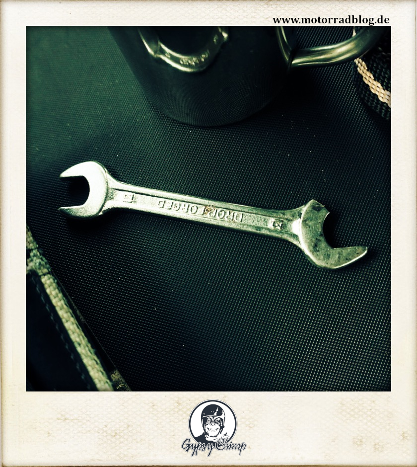 [Hier ist eigentlich ein Bild: Großaufnahme eines zerbrochenen Ringmaulschlüssels.]